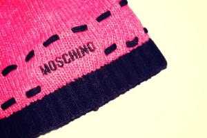 cappellino rosa moschino 2